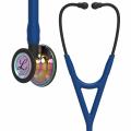 Littmann Cardiology IV stetoskop, regnbuefarvet bryststykke i højglans, marineblå slange, sort stamme og sort headset, 67,5 cm, 6242